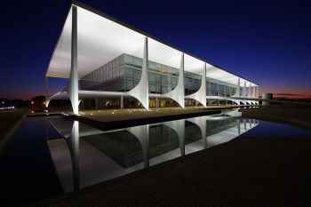 00-Palacio_do_Planalto-350